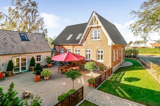 Villa på Slettensvej i Odense N - Ejendommen