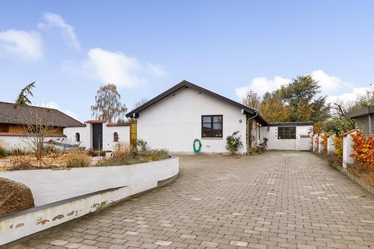 Villa på Chr. Lunds Allé i Odense SV - Ejendommen