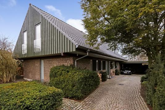 Villa på Kornmodvænget i Odense NV - Ejendommen