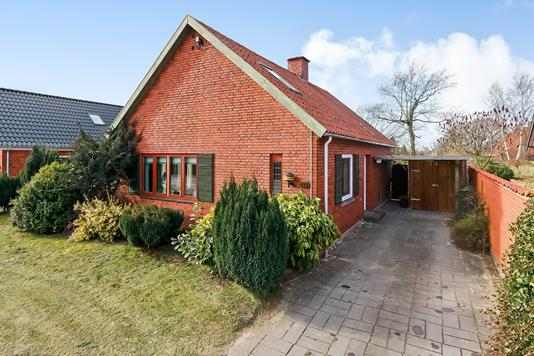 Villa på Stenløsevej i Odense S - Ejendommen