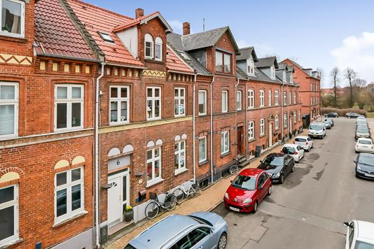 Villa på Valdemarsgade i Odense C - Ejendommen