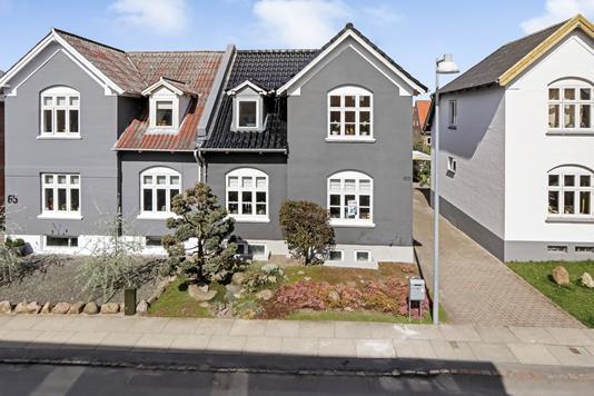 Villa på Skt. Hans Gade i Odense C - Ejendommen