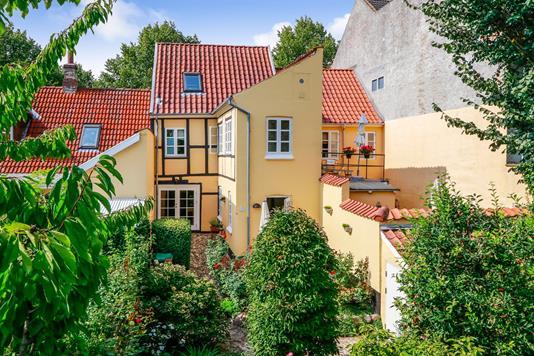 Villa på Sdr. Boulevard i Odense C - Ejendommen