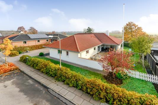 Villa på Risvænget i Langeskov - Ejendommen