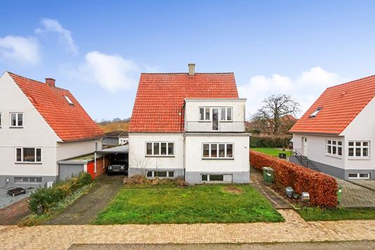 Villa på Svanevej i Odense C - Ejendommen