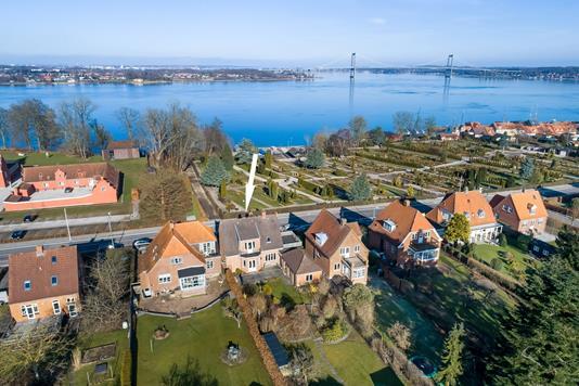 Villa på Kongebrovej i Middelfart - Luftfoto