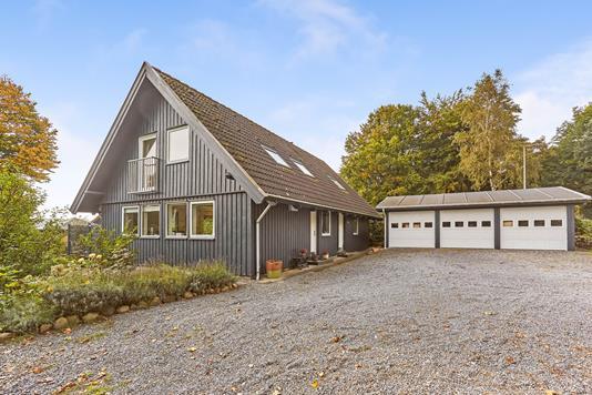 Villa på Røjlemosevej i Middelfart - Ejendommen