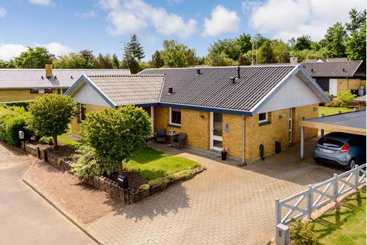 Villa på Højbovænget i Gelsted - Ejendommen