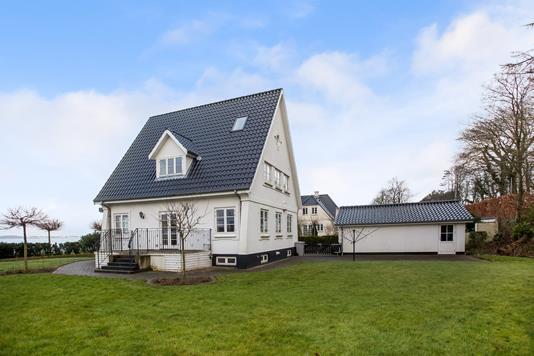 Villa på Gl Strandvej i Middelfart - Ejendommen