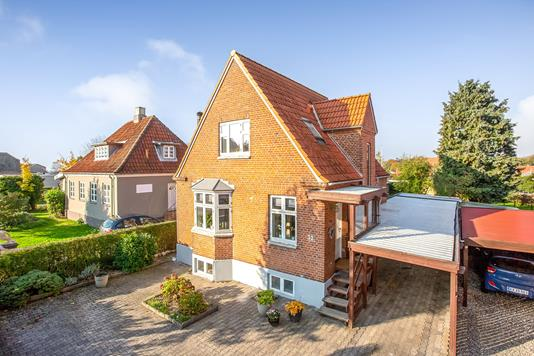 Villa på Østre Hougvej i Middelfart - Ejendommen