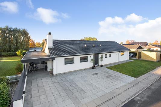 Villa på Hollændervej i Middelfart - Ejendommen