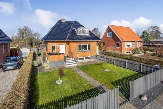 Villa på Møllevænget i Ejby - Ejendommen