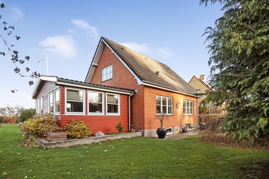 Villa på Hylkedamvej i Gelsted - Ejendommen