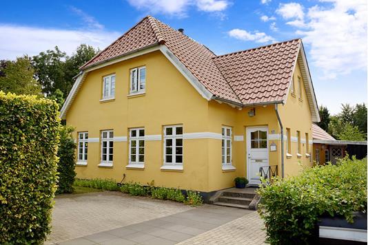 Villa på Fåborgvej i Glamsbjerg - Ejendommen