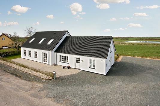 Villa på Turupvej i Glamsbjerg - Ejendommen