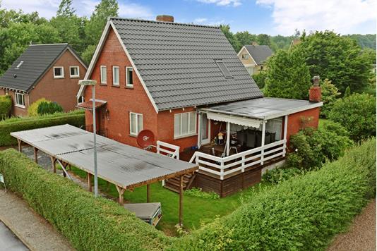 Villa på Nybovej i Glamsbjerg - Ejendommen