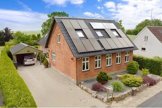 Villa på Voldtoftevej i Glamsbjerg - Ejendommen