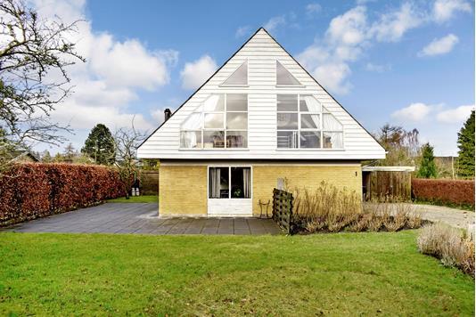 Villa på Bøgevænget i Ebberup - Have