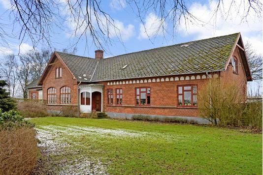 Villa på Gl Skolevej i Haarby - Ejendommen
