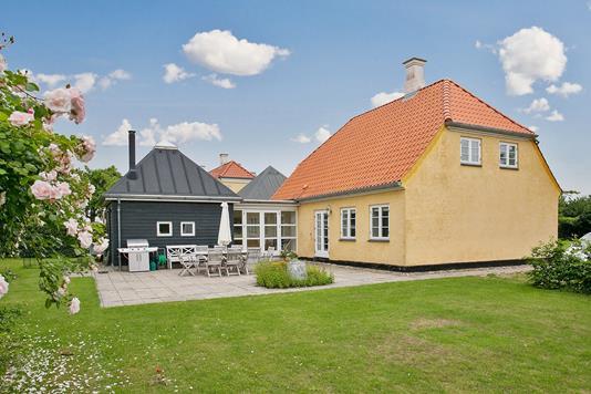 Villa på Enø Kystvej i Karrebæksminde - Ejendommen