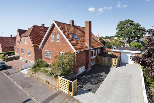 Villa på Meistersvej i Næstved - Set fra vejen