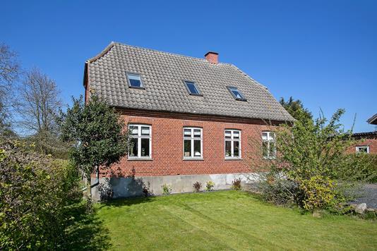 Villa på Korsørvej i Fuglebjerg - Ejendommen