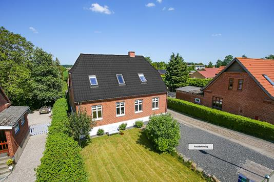 Villa på Korsørvej i Fuglebjerg - Set fra haven
