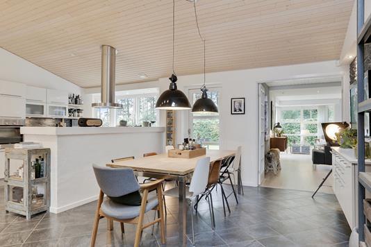 Villa på Æblevænget i Næstved - Køkken alrum