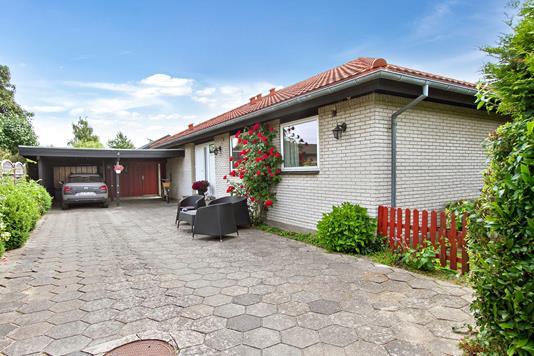 Villa på Mejsevænget i Næstved - Ejendommen
