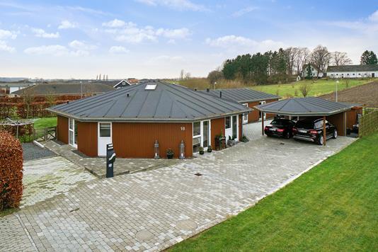 Villa på Meteorvej i Næstved - Set fra vejen