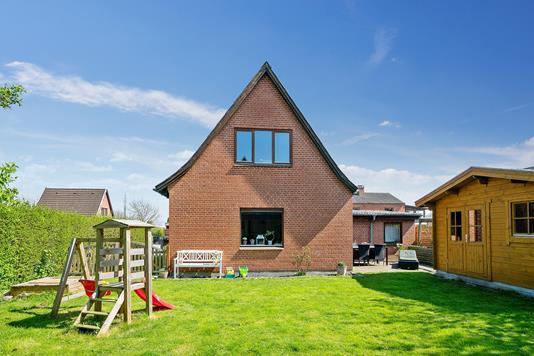 Villa på Humlevej i Næstved - Set fra haven