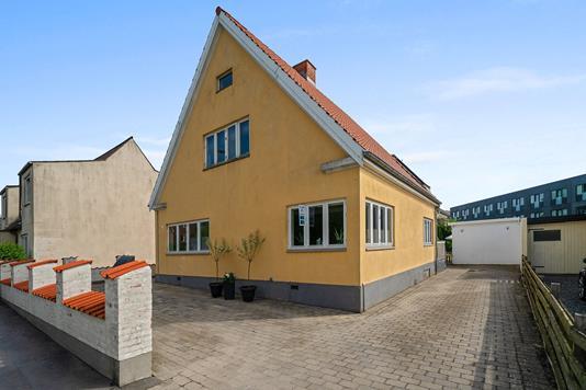 Villa på Grønvej i Næstved - Set fra vejen