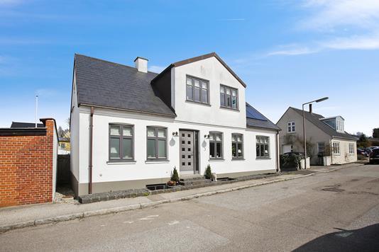 Villa på Oskarsvej i Næstved - Ejendommen