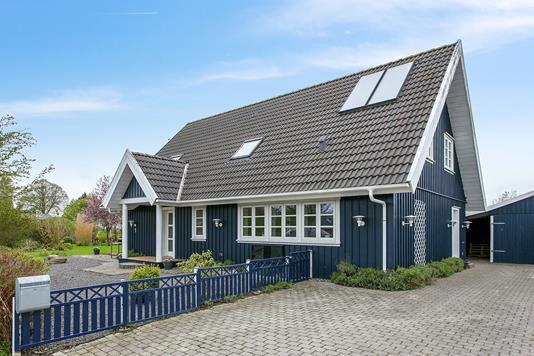 Villa på Egernvænget i Tappernøje - Ejendommen
