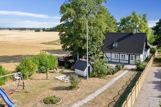 Villa på Tåstrupvej i Næstved - Set fra vejen