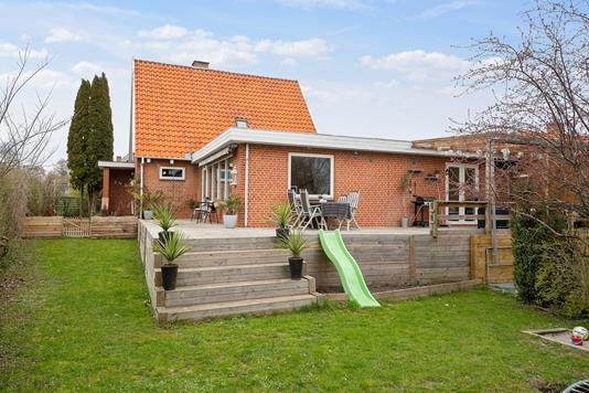Villa på Åderupvej i Næstved - Set fra haven