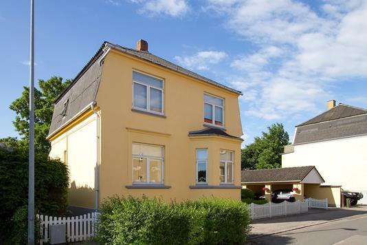 Villa på Jyllandsvej i Næstved - Set fra vejen