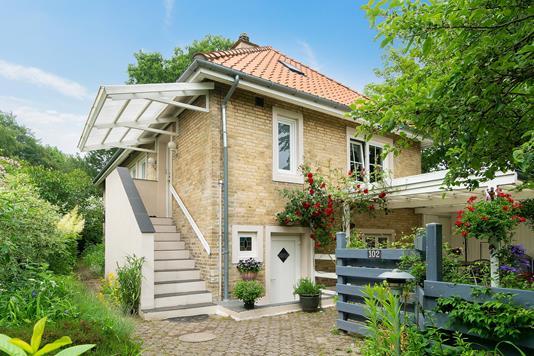Villa på Ringstedgade i Næstved - Set fra vejen