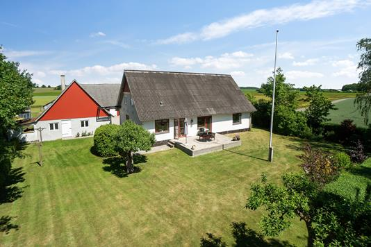 Villa på Hindholmvej i Sandved - Set fra haven