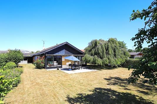 Villa på Rønnebærvej i Hvidovre - Ejendommen