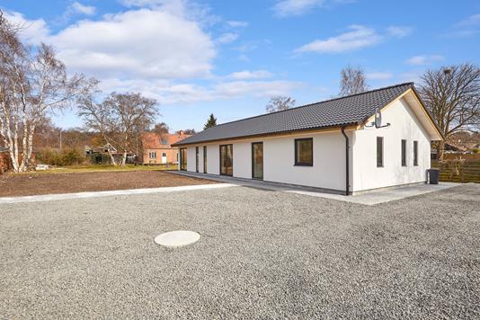 Villa på Ellevej i Frederiksværk - Ejendommen