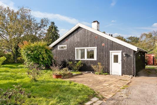 Villa på Ternevej i Frederiksværk - Set fra vejen