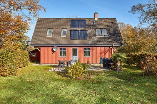 Villa på Præstelodsvej i Melby - Ejendommen