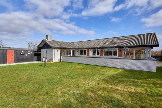 Villa på Askevej i Frederiksværk - Ejendommen