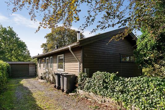 Villa på K F Ulrichsvej i Frederiksværk - Set fra vejen