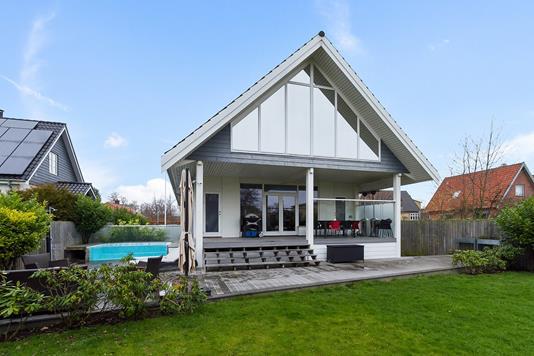 Villa på Egneborgvej i Hvidovre - Ejendommen