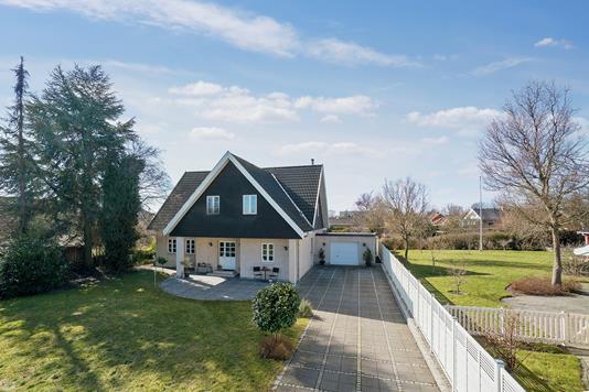 Villa på Zeus Boulevard i Hvidovre - Set fra vejen