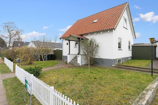 Villa på Karise Alle i Hvidovre - Set fra haven