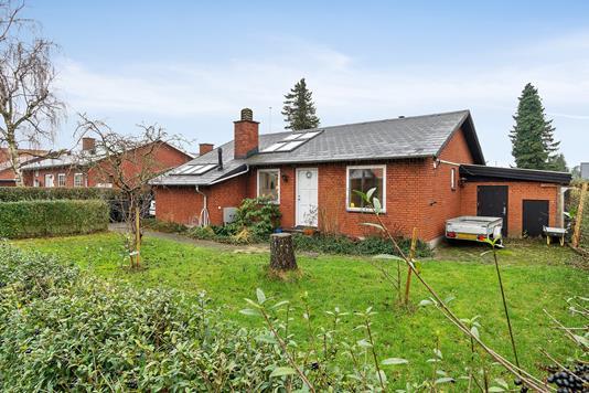 Villa på Kærgårdsvej i Hvidovre - Set fra haven