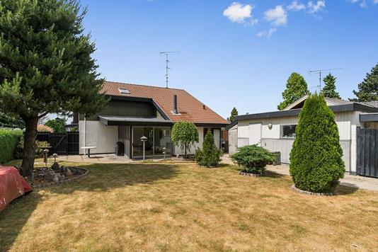 Villa på Pagteroldvej i Hvidovre - Set fra haven